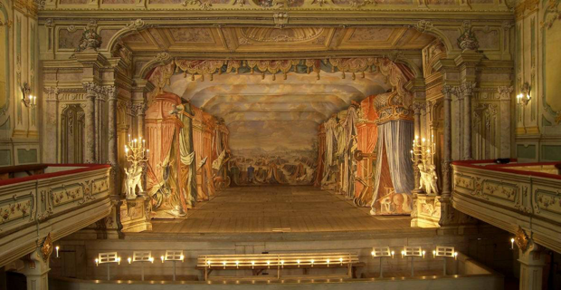 18th-century-theater