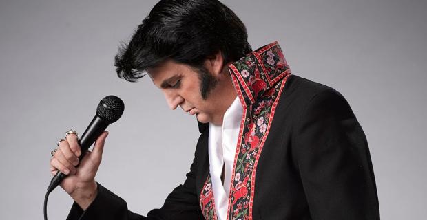 Elvis-Presley-impersonator