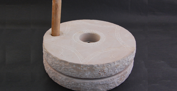 rotary-quern