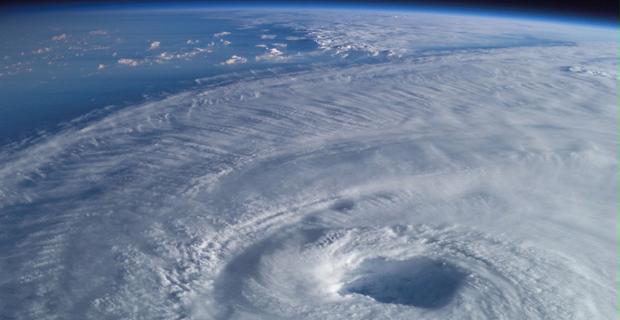 hurricane-thunderstorm