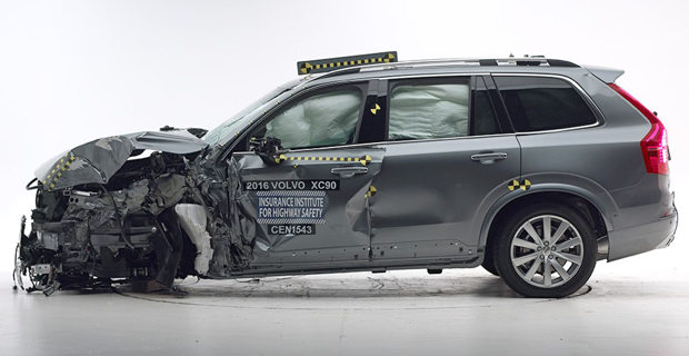 Volvo-XC90-crash-test