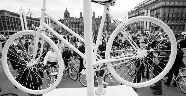 Witte-Fietsenplan-Amsterdamn-Netherlands