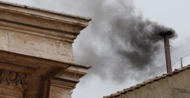 Vatican-Smoke